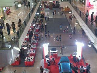 Suasana di mall