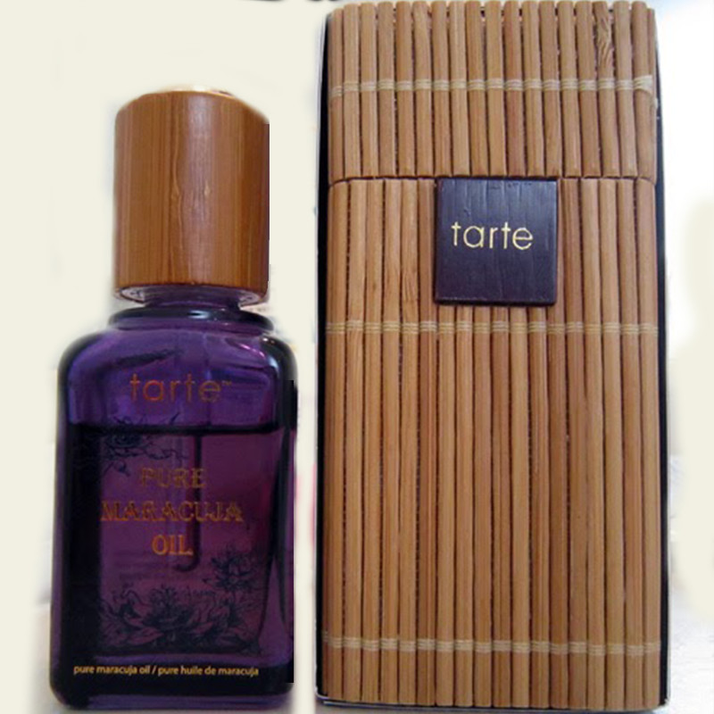 Tarte Maracuja Oil Box and Bottle