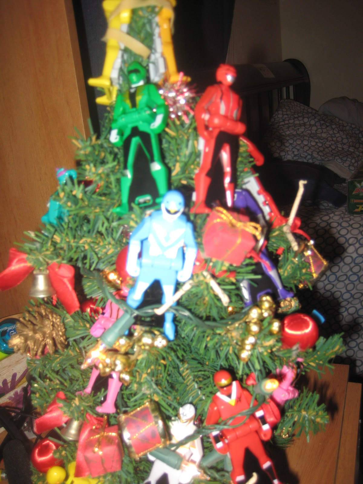 Power Rangers Christmas Tree.Ranger Key Christmas Tree Mcdonaldspowerrangers2013