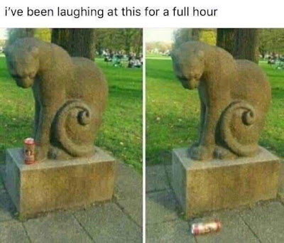Funny Cat Statue Picture