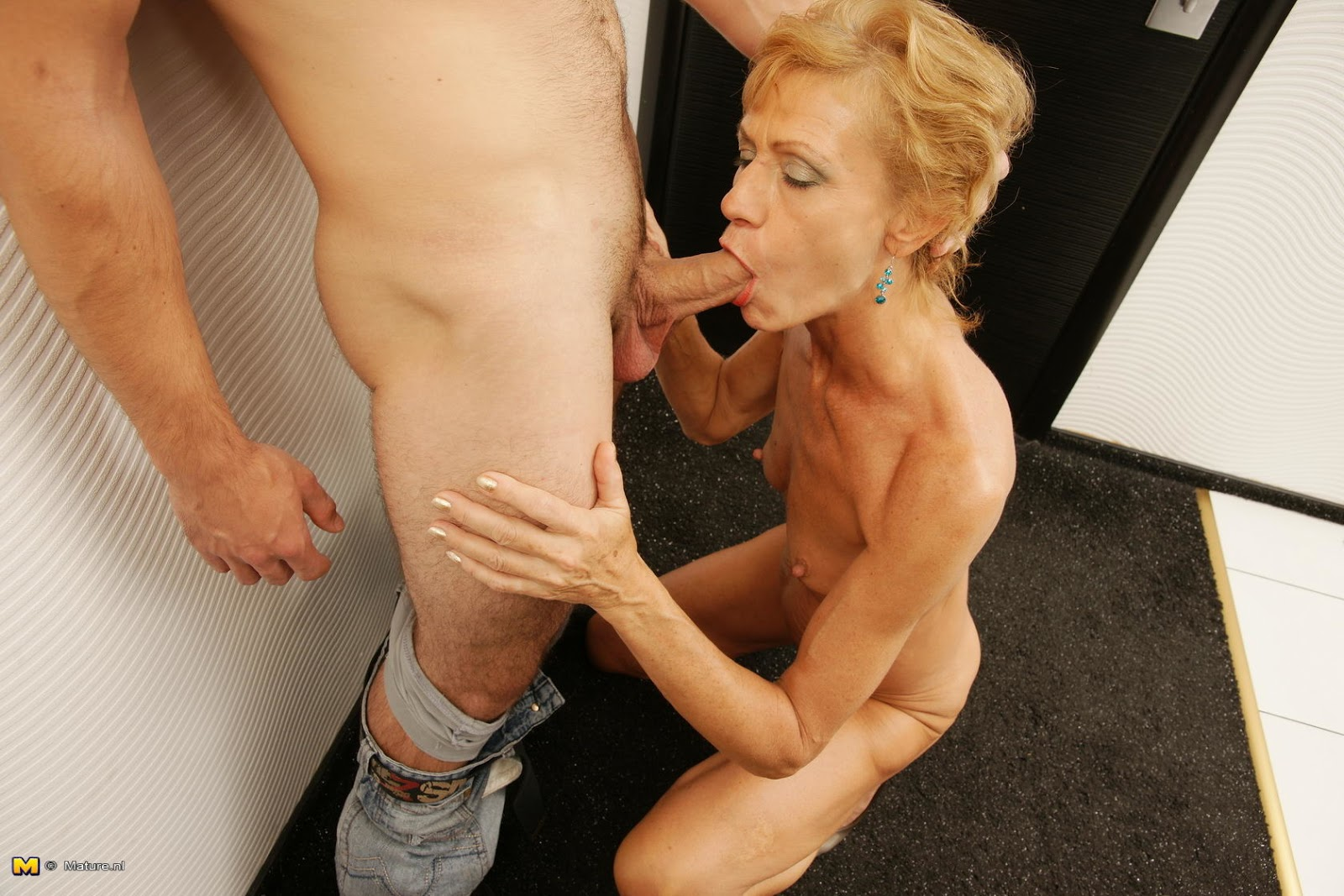 Crazy Skinny Mature Fuck Gallery