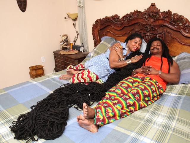 Asha Mandela wanita unik