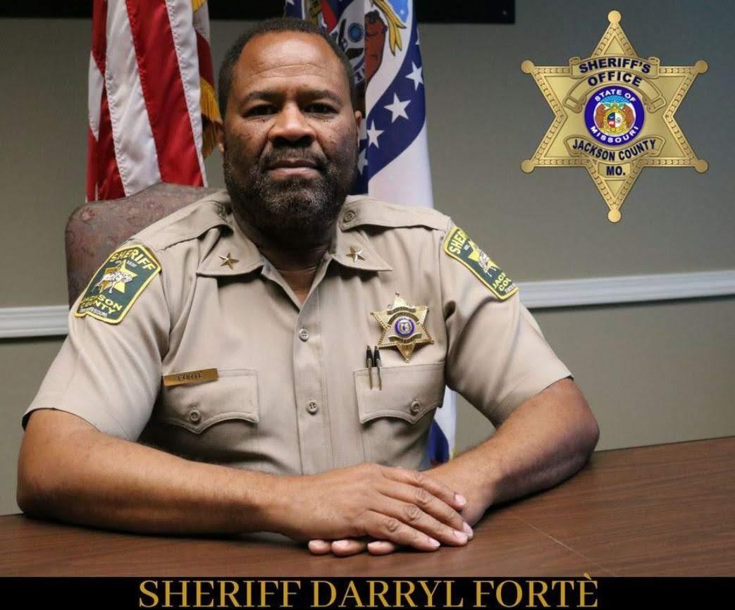 Tony's Kansas City: JACKSON COUNTY SHERIFF FORTÉ SHIFTS POLICE CHASE