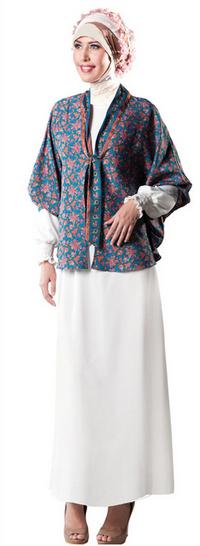 Desain Baju Batik Muslim Remaja Masa Kini