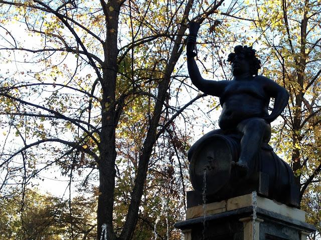 Fuente del Dios Baco en los jardines de Aranjuez