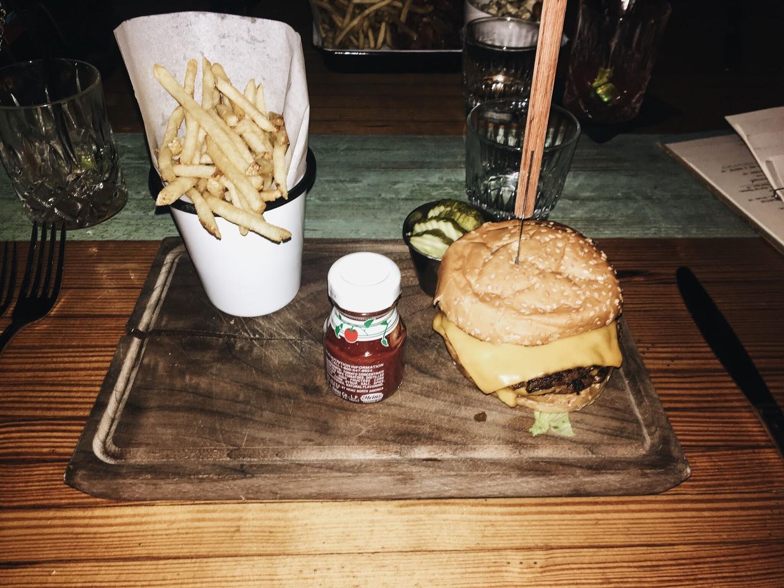 Pinewood-Social-Food