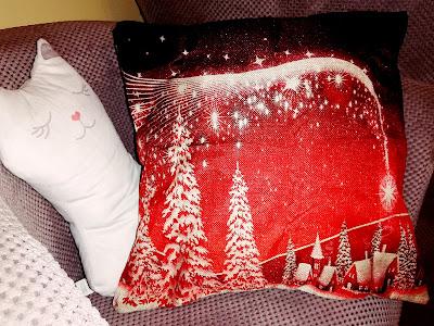 Recenzja: Poszewki na poduszki z motywami świątecznymi- Ship Gratis