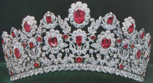 Princess Marie Therese Duchesse d' Angoulême's Ruby Parure Tiara France Bapst