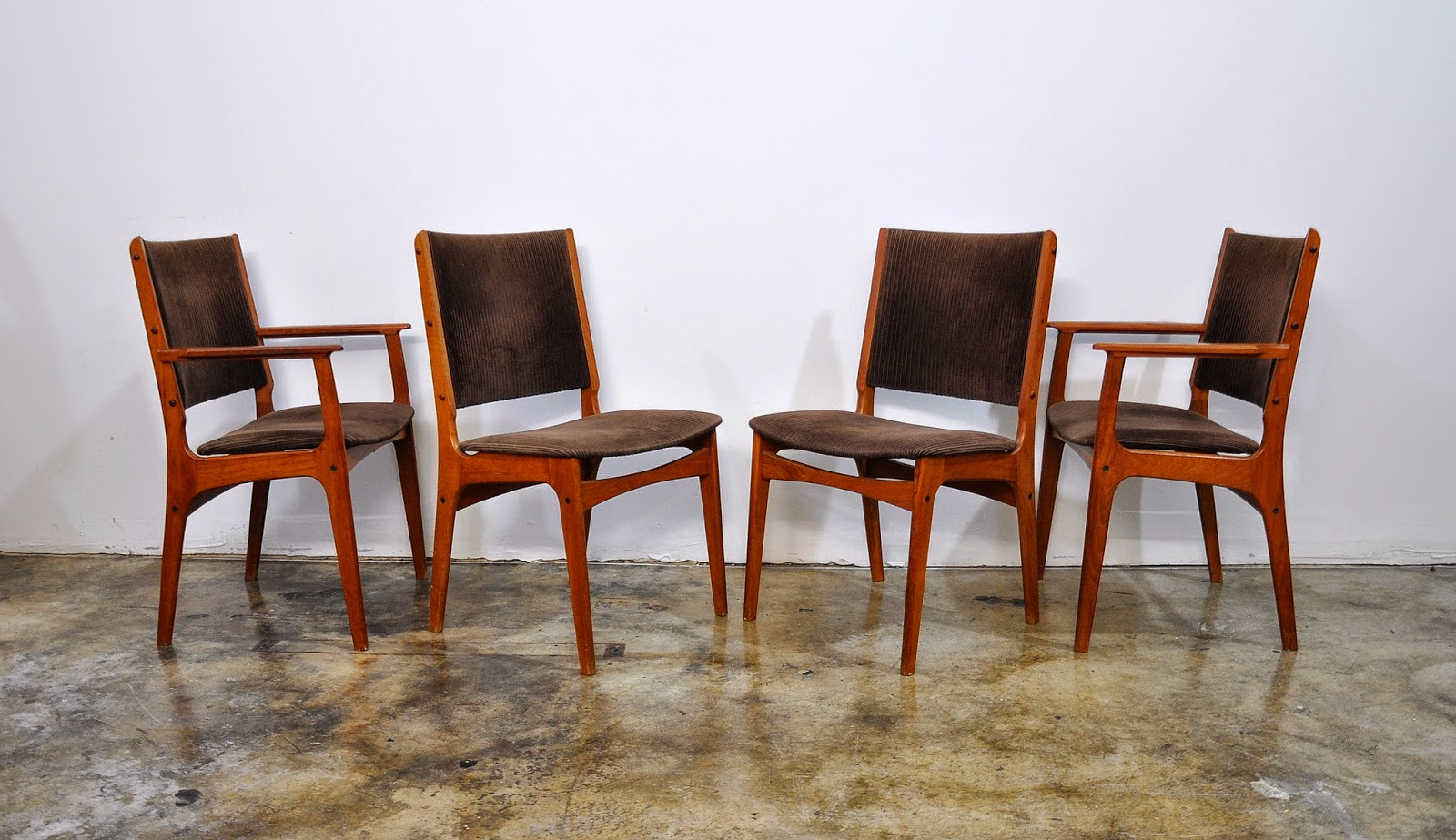 Select modern set of 4 danish modern teak dining chairs for Designer dinette sets