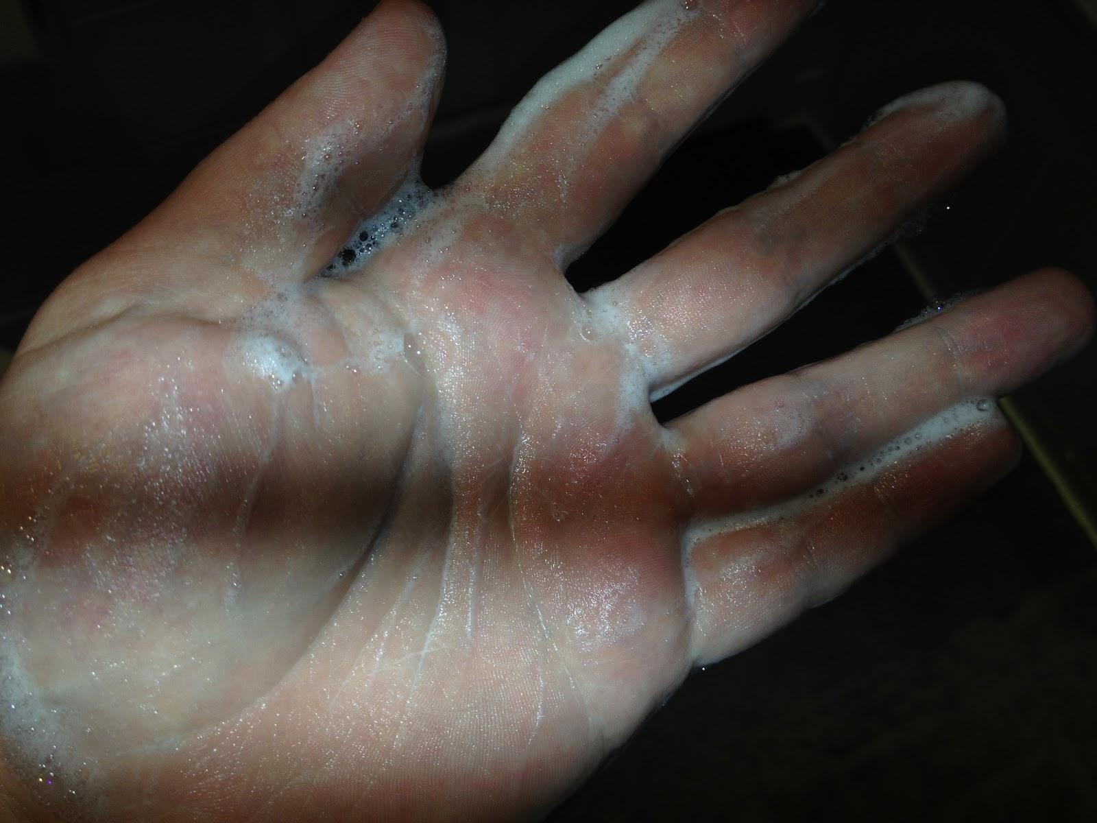 38e01cd20a66 Grooming With Gary  Ursa Major Men Fantastic Face Wash