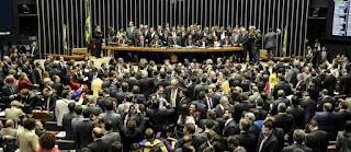Impeachment passa na Câmara, e Senado decidirá se afasta ou não Dilma Rousseff