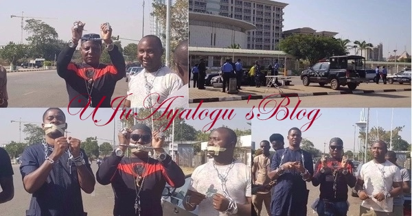 Charly Boy, others storm foreign affairs ministry in chains to protest slave trade in Libya (photos)