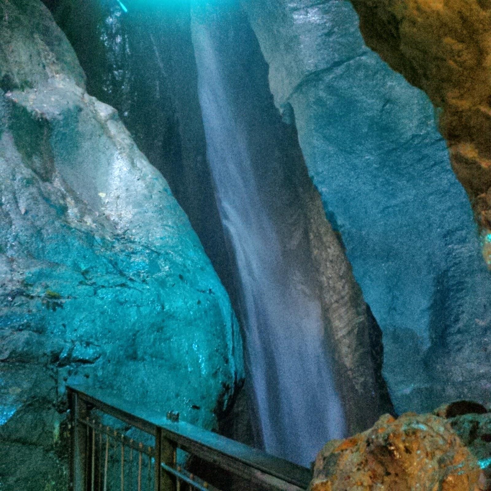 The upper cave of Cascata del Varone