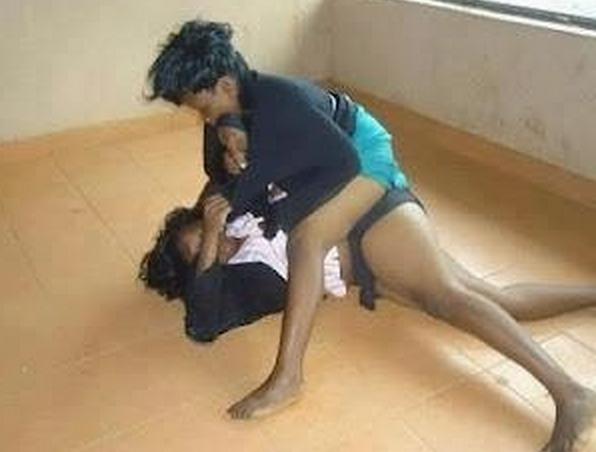 Dirty Fighting Nude Women 73