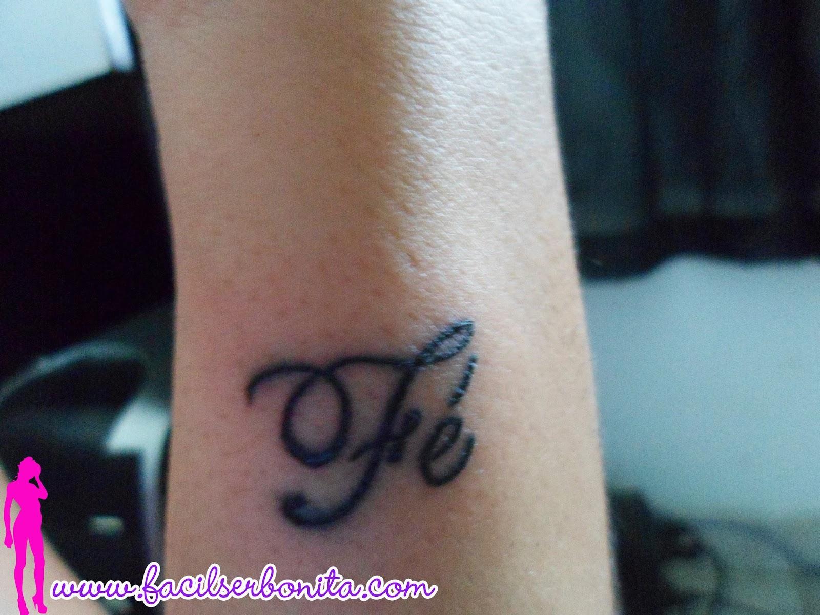 é Fácil Ser Bonita Série Tatuagem Fé