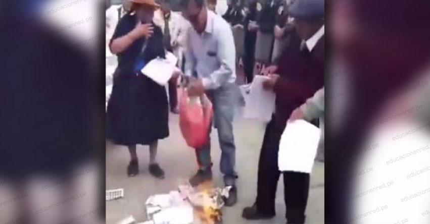 MINEDU rechaza quema de textos escolares y la califica como «muestra de intolerancia»