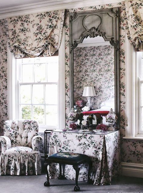 gorgeous georgian style home with floral wallpaper