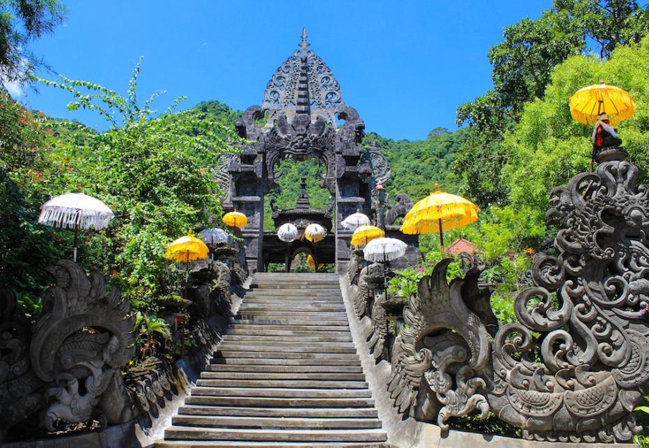 Objek Wisata Pura Dalem Melanting Di Buleleng Bali