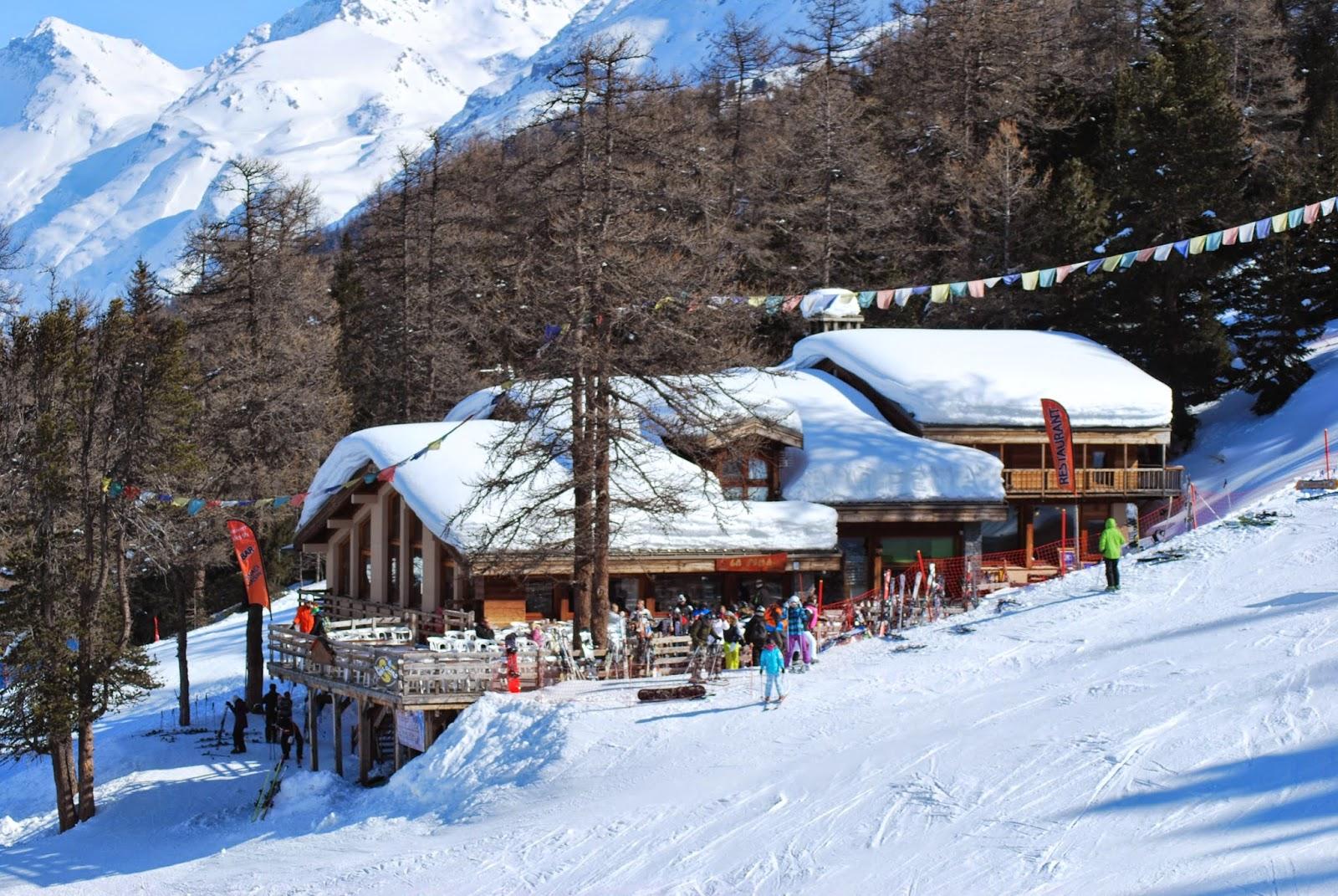 Restaurant d 39 altitude chalet la fema - Restaurant d altitude chamrousse ...