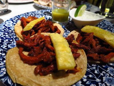 El Mero Mer, kurobuta tacos