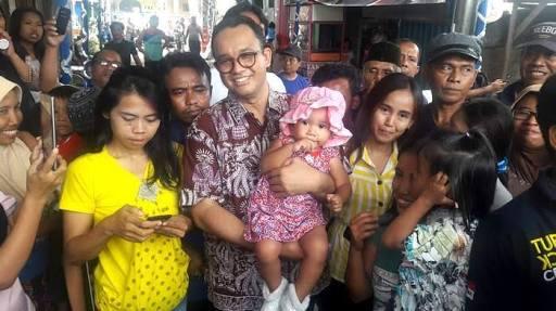 Ahoker Kelojotan, Anies Si Pembela Wong Cilkk Makin Terdepan