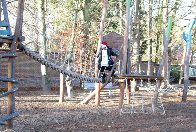blog.oanasinga.com-winter-in-Europe-Leuven-Belgium-November-2012-(3)