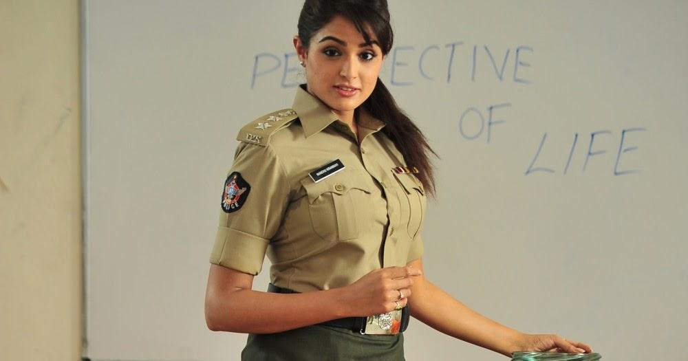 A Aa In Telugu: Aa Aiduguru Telugu Movie Pictures