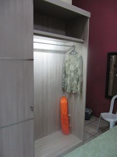 Lemari Pakaian Interior Kamar