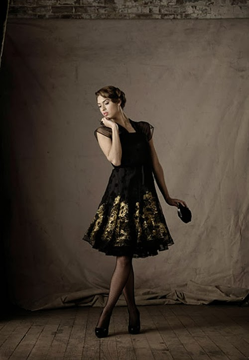 vintage fashion shoot by sydney photographer gilbert rossi, studio shoot,50's fashion