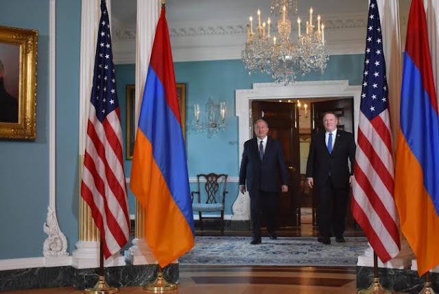Sargsyan se reunió con el Secretario de Estado Michael Pompei