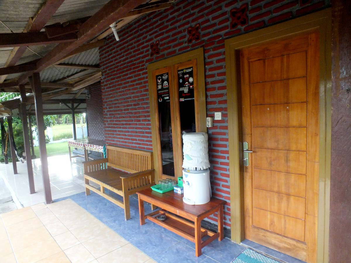 penginapan villa  dan Hotel Bukit Indah  Homestay sawarna