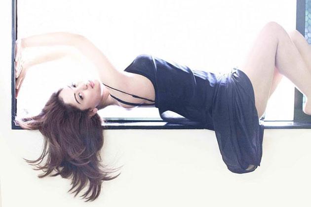 Sandeepa Dhar  Hot Photo Shoot Photos