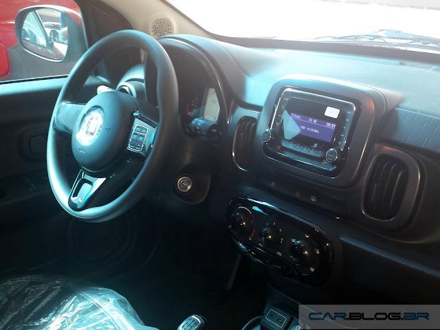 Novo Fiat Mobi Like 2017 - interior