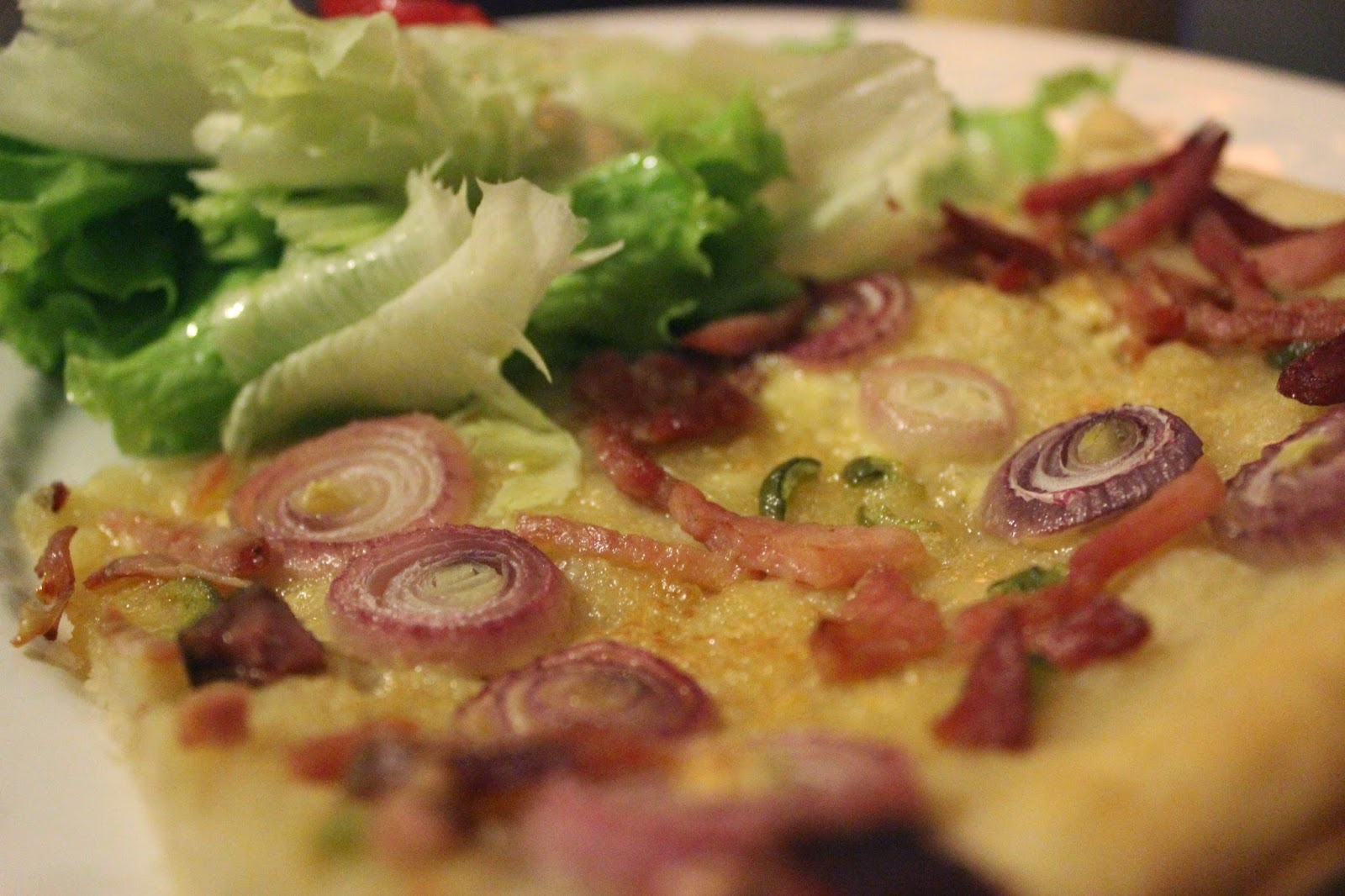 Organic recipe Tarte flambée and green salad