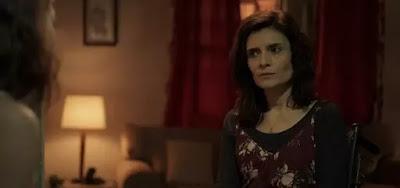 Arieta Corrêa como a Leila em cena de Amor de Mãe