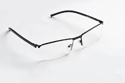 Can Minus Eyes be Transmitted through Glasses when Used by Children?