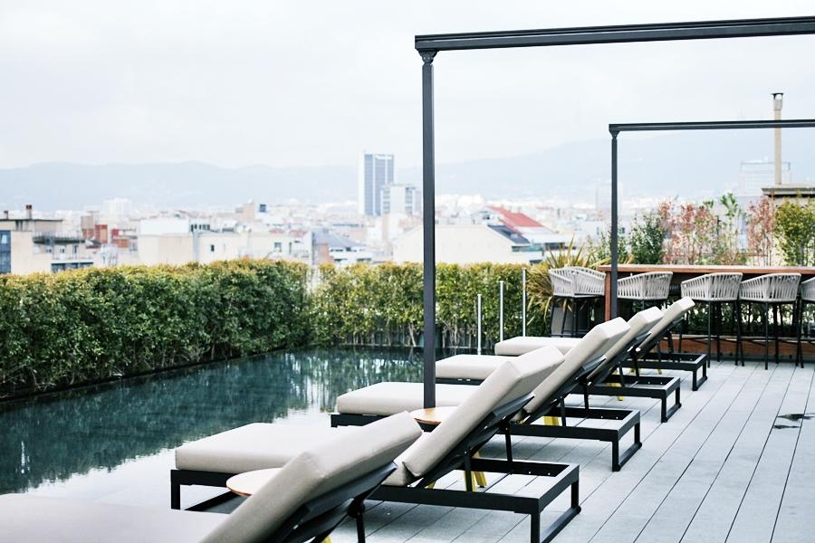 pool mandarin oriental barcelona