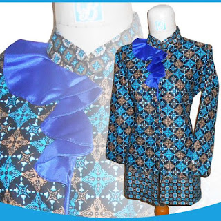 Model Baju Batik Kerah Bertali untuk Kerja