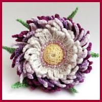 Preciosa flor de ganchillo