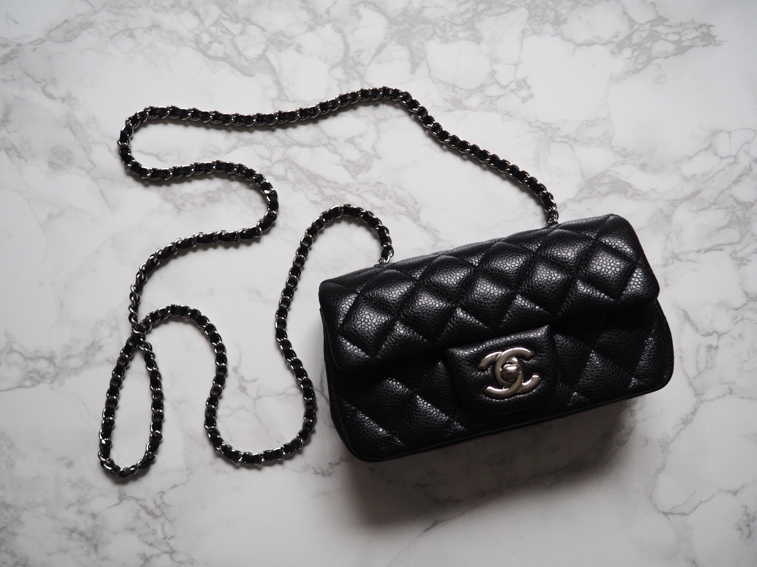 cb5865a6 Chanel Extra Mini Flap in Action/REVIEW - missjesf.