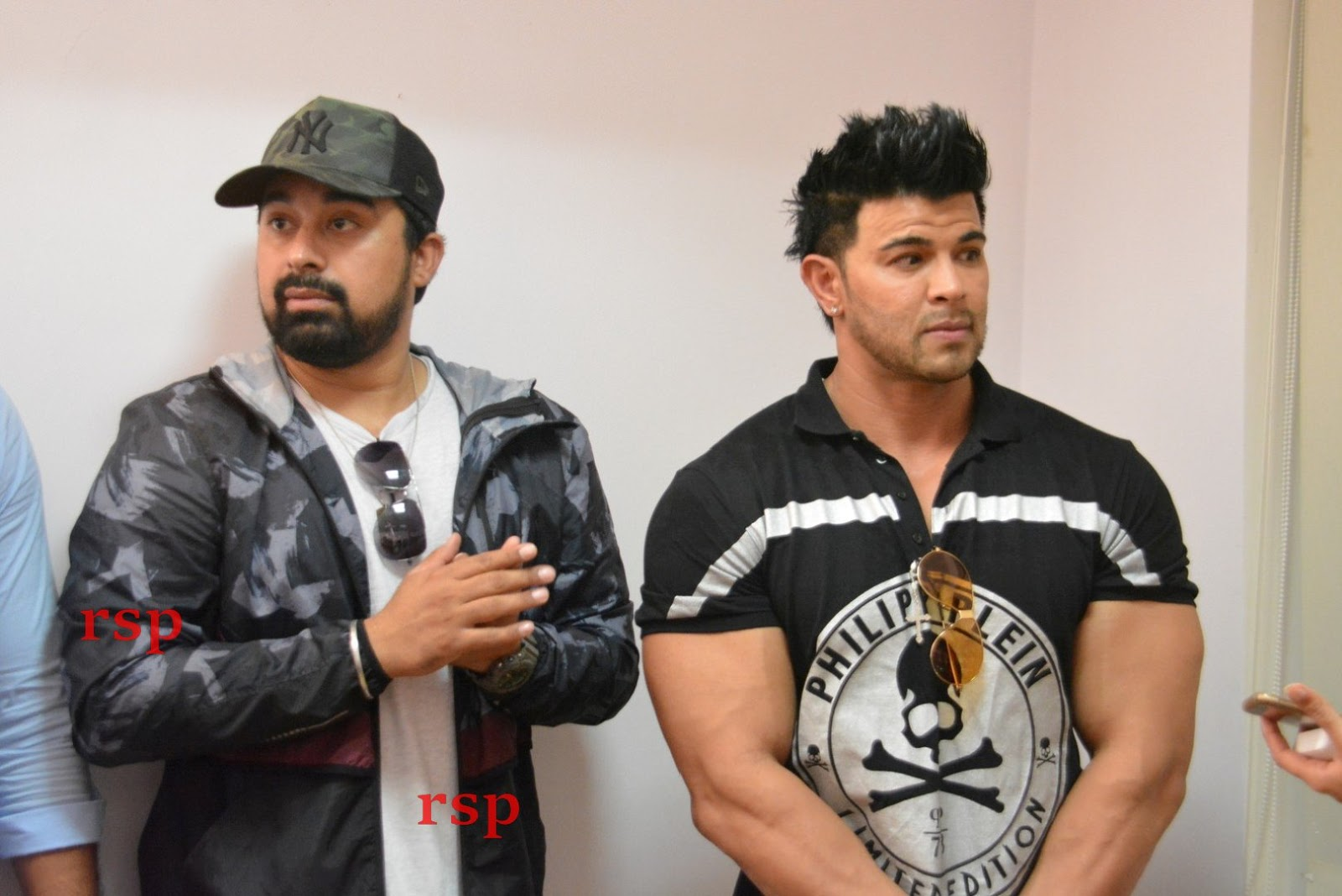 6915396505 Ranvijay And Sahil Khan Conducted audition for there New Fitness Reality  Show