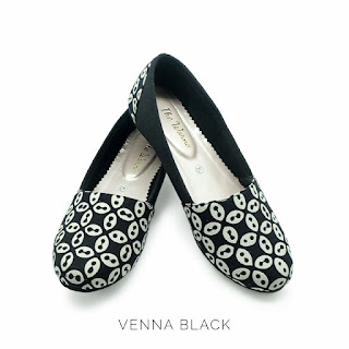 VENNA BLACK THE WARNA