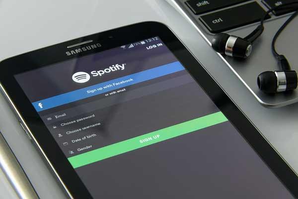 7 Aplikasi Musik Online Gratis Terbaik Untuk Android Dan Iphone 2018