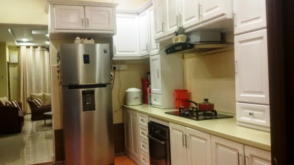 Susah Nak Dapatkn Full View Dapur Ni Sbb Ruang Sempit Pintu Pon Kecik Memang Tak Dapat Tunjuk The Whole Kitchen Saiz Comel2 Je