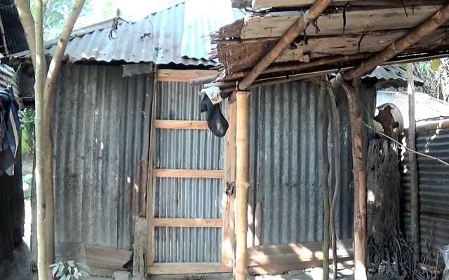 দ্রুত ফাঁসির রায় কার্যকরের দাবি রাজীব গান্ধীর গ্রামবাসীর