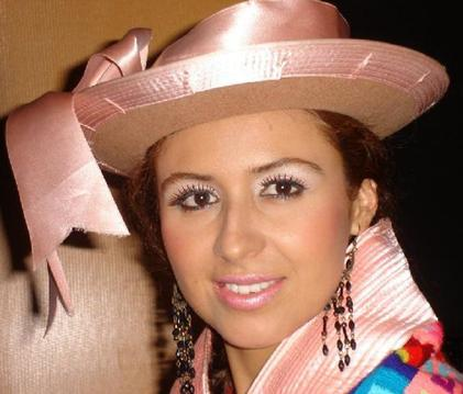 Foto de Marisol Muguerza con sombrero