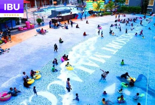 Gold Coast Melaka Resort kolam mandi ramai orang