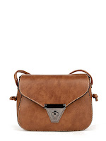http://fr.shein.com/Twist-Lock-Flap-Crossbody-Bag-p-396621-cat-1764.html