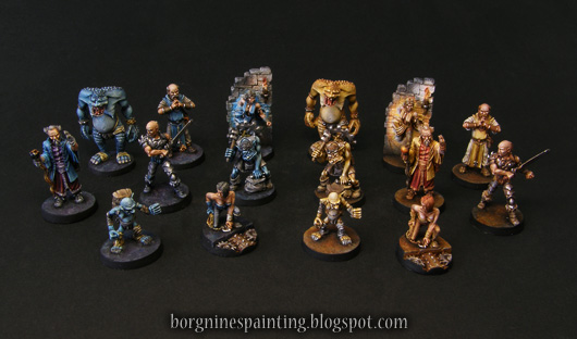 All the miniatures for use in Dungeon Twister boardgame, both blue and yellow team together