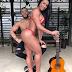 "Gracyanne Barbosa exibe bumbum ao lado de Belo: ""Que seja quente e atrevido"""